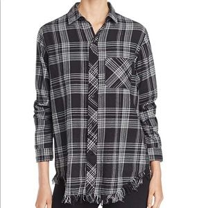 Beach lunch lounge Black White Flannel Large